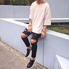 ** Streetwear daily - - - Click to check out our clothing label: www.instagram.com/threads_ca **