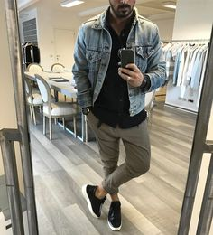 Jean Jacket Outfits, Denim Jacket Men, Casual Wear For Men, Casual Summer Outfits, Chill Style, King Fashion, Dope Outfits, School Fashion, Menswear