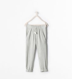 http://www.zara.com/us/en/kids/girl-%283-14-years%29/leggings---trousers/loose-fit-trousers-c269258p2091548.html