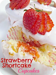 Strawberry Shortcake Cupcakes from SixSistersStuff.com.  Vanilla cupcakes filled with strawberry gelee and topped with strawberry marscapone frosting! #recipes #cupcakes