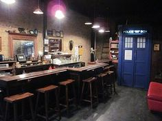 """OMG! A Dr. Who themed bar in NY! - """"A TARDIS Lands in Brooklyn"""" (click through to read article) cc @Chris Lin"""