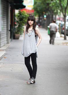 Débardeur / Vest : Gestuz  Collier / Necklace : Malene Birger  Skinny Jean : Asos  Bag : Topshop  Sandals : H Against Aids  june