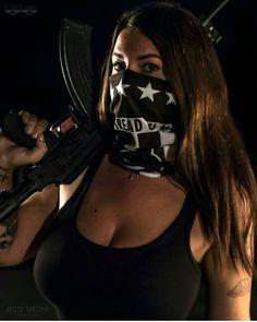 #soldat#soldier#armija#army#fortuna #fortunelady #girlsandguns #girlswithmuscle #girlswithguns #gun #ak47#ak74#kalashnikov #kalash #545 #2a#mask #badass #Specialforces #komando#kombat #defense #weapons#militarylife #military_inst_girls #armylife #airsoft#repost