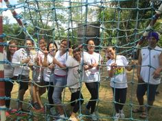 NEWHALL REALITY TEAMBUILDING