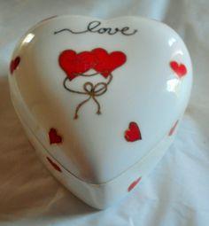 Lefton Red HEARTS Love trinket jewelry box, bone china by VintageVarietyFinds on Etsy