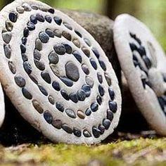 Steine in Salzteig