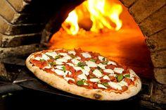 Rafaela Büll Blog: Maremonti é nomeado Embaixador da Pizza * Vegetable Pizza, Baked Potato, Potatoes, Cheese, Baking, Vegetables, Ethnic Recipes, Posts, Food