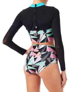 Propel Rash Guard - Black | Bikinis & Tankinis | Sweaty Betty