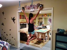 hangboard workout - Buscar con Google Oh man. I kinda want a hangboard.