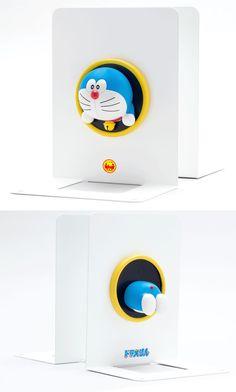 小学館雑誌定期購読 プレゼント品 - ドラえもん とおりぬけフープ ブックスタンド 機能とデザインのマッチ感がとてもよい。一般販売してほしい…
