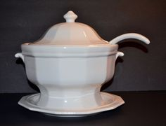 Vintage 1963 Pfaltzgraff Heritage~H16  White Soup Tureen with Ladle & Underplate #Pfaltzgraff