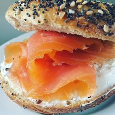 Everything Mini Bagel with Scottish Smoke Salmon & Peppercorn Cream Cheese. #Breakfast #Bagels #NYCBagels #Salmon #ScottishSalmon #SmokedSalmon #SmokedFish #Seafood #Lox #Peppercorn #Cheese #CreamCheese #ArlaUSA #ArlaCreamCheese #Delicious #Tasty #Omega3 #EatingWell #FoodPhotos #FairwayMarket #FairwayMarketNYC #FoodShopping #NYCBestFoodStore #NYCFoodPhotographer #NYCPhotographer #AmyLeeStudiosNYC by amyleestudios