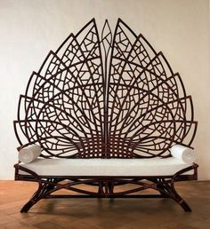 Grand acanthus bench with backrest from rattan Brown