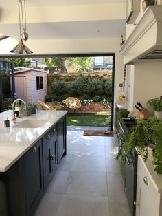 Modern Shaker Kitchen - Our kitchen renovation in Richmond, Surrey. Kitchen from Handmade Kitchens of Christchurch. See our - Home Decor Kitchen, Kitchen Living, Interior Design Kitchen, Diy Kitchen, Home Kitchens, Kitchen Ideas, Awesome Kitchen, Rustic Kitchen, Kitchen Industrial