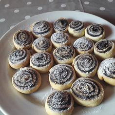 Hungarian Recipes, Sweet Cakes, Mini Cupcakes, Hamburger, Biscuits, Cheesecake, Muffin, Food And Drink, Cooking