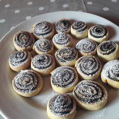 Hungarian Recipes, Sweet Cakes, Mini Cupcakes, Macarons, Hamburger, Breakfast Recipes, Biscuits, Cheesecake, Muffin