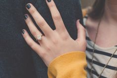 A stunning oval engagement ring! © Cottonwood Road Photography