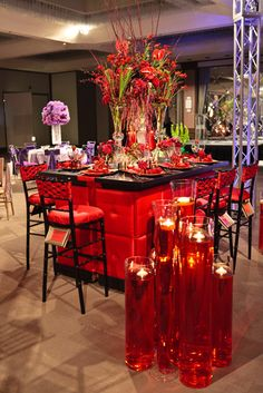 Place (2) pixel bars together to create this beautiful look / Chiavari barstools / www.mmspecialevents.com / M&M Event Rentals Dallas / M&M Event Rentals Chicago / #mmspecialevents