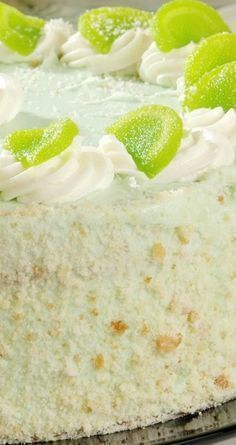 Key Lime Cake with Cream Cheese Frosting Recipe /mixed cake recipes also Just Desserts, Delicious Desserts, Dessert Recipes, Yummy Food, Key Lime Desserts, Dessert Food, Key Lime Cake, Key Lime Cupcakes, Lime Recipes
