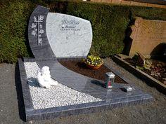 Wahler-Helmut-2 Diy Garden Decor, Garden Art, Garden Design, Tombstone Designs, Cemetery Decorations, Ground Covering, Living Fence, Baby Memories, Card Box Wedding