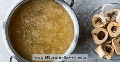 Perfecting a beef bone broth recipe for migraine relief is a bit tricky. Here are vital tips to make it easier. For centuries beef bone broth has been used to cure. Chicken Bones, Beef Bones, Best Bone Broth Recipe, Whole Food Recipes, Dog Food Recipes, Bone Broth Benefits, Migraine Diet, Migraine Relief, Beef Bone Broth