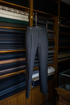B&TAILOR Bespoke Trousers is part of Tailored clothes - Mens Fashion Suits, Fashion Pants, Fashion Outfits, Mens Dress Trousers, Men Dress, African Dresses Men, Nigerian Men Fashion, Formal Men Outfit, Pantalon Costume