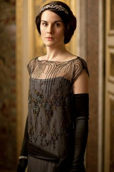 """"""" Michelle Dockery as Lady Mary Crawley in Downton Abbey (Season """" Lady Mary Crawley, Downton Abbey Costumes, Downton Abbey Fashion, Downton Abbey Movie, Michelle Dockery, Dame Mary, Matthew Crawley, Matthew Goode, Gowns Of Elegance"""