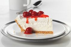 Fluffy Cheesecake – This no-bake, cherry-topped cheesecake recipe gets its amazing height from COOL WHIP Whipped Topping. You betcha. This is one dessert that's sure to dominate its holiday sweet treat competition. Desserts Rafraîchissants, Delicious Desserts, Dessert Recipes, Yummy Food, Kraft Recipes, No Bake Cherry Cheesecake, Fluffy Cheesecake, No Bake Cheesecake Recipe With Cool Whip, Plated Desserts