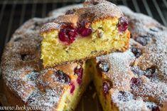 Prajitura pufoasa cu iaurt si visine Lucky Cake, Sweet Recipes, Cake Recipes, Romanian Food, No Cook Desserts, Food Cakes, Homemade Cakes, Brownies, Snacks