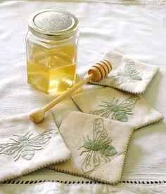 Theme: Honeybee Cottage~