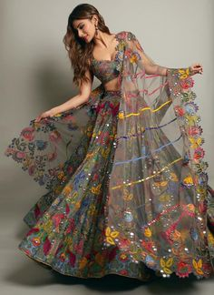 Simple Designer Grey color printed lehenga choli for bridal look.For order WhatsApp on draping styles dress for bride indian dresses indian teens wedding outfits sisters blouse designs indian with dress blouse designs dresses indian designs indian bridal Blouse Lehenga, Lehnga Dress, Lehenga Choli Online, Floral Lehenga, Dresses Elegant, Stylish Dresses, Fashion Dresses, Fashion Suits, Style Fashion