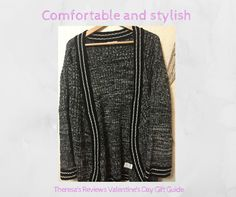 Comfy sweaters - Valentine's Day gift guide - Theresa's Reviews - @blknbluonline