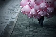 Pack of Pink Piggy Balloons. Makes me smile~