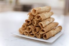 Crispy Thai coconut rolls Crispy Coconut Rolls Recipe, Crispy Rolls, Coconut Milk Recipes, Healthy Sweet Treats, Healthy Deserts, Healthier Desserts, Healthy Snacks, Roll Cookies, Yummy Cookies
