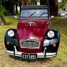 Vintage Car Citroen 2 | PerfectExposue.org | Your portal to royalty free photographs