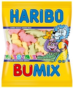 With this Haribo Bumix you dive into the world of wild animals, which you will find in this mixture of different types of foam sugar. Haribo Candy, Haribo Sweets, Candy Recipes, Gourmet Recipes, Makeup Kit For Kids, Candy Videos, Candy Gift Baskets, Wooden Playset, Candy Brands