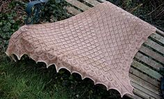 Ravelry: 10 in 2010 Shawl pattern by Janine Le Cras