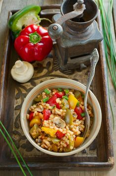 Kaszotto z trójkolorową papryką, pieczarkami i mięsem mielonym Paella, Ethnic Recipes, Food, Essen, Meals, Yemek, Eten