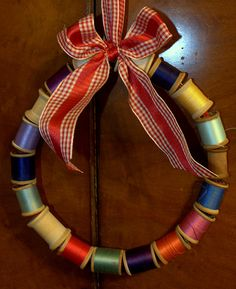 Vintage spool wreath - I could use my spools from my Grandma's basket.