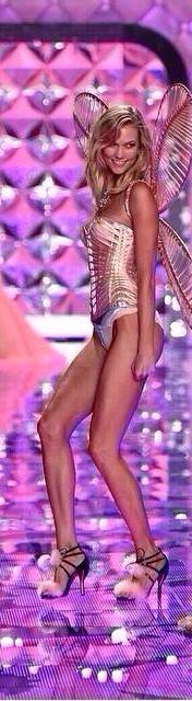 Karlie Kloss Victorias Secret Fashion Show 2014 London