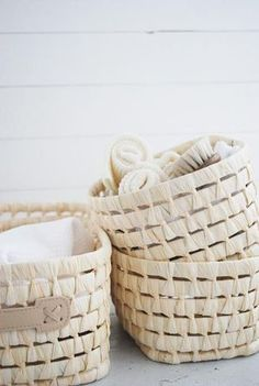 I'm wondering if I could make a basket like this using cheap venetian blind slats