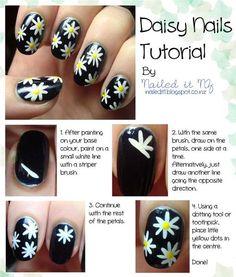 Daisy Nail Art Tutorial -