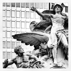 hermes statue grand central - 236×236