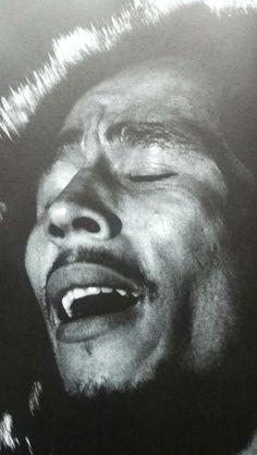 Bob in the moment Bob Marley Legend, Reggae Bob Marley, Marley Fest, Bob Marley Pictures, Marley Family, Jah Rastafari, Jazz, Robert Nesta, Nesta Marley