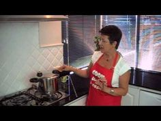 How to use a Pressure Cooker - Demonstration from Pressure Cooker Centre