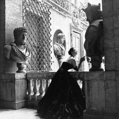 Genevieve Naylor - Evening Dress, Roma, 1952 - Fine Art Print
