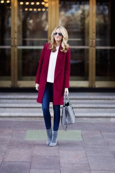 ivorylane-blogger-fashion...love. this. coat. ....beautiful color