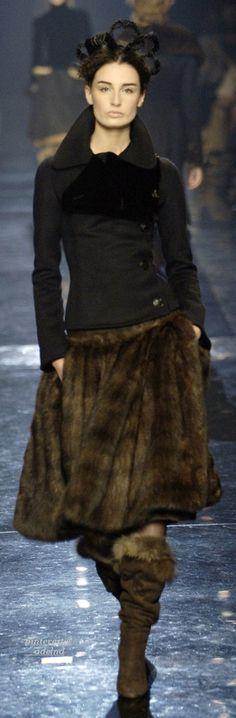 https://www.facebook.com/parysfurs  Jean Paul Gaultier Fall 2005 Couture