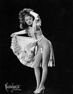 Burlesque-Marnee Latham