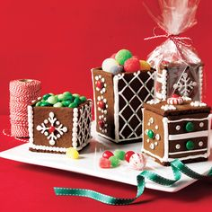 Gingerbread Gift Boxes -- Delight neighbors and coworkers with edible gingerbread boxes this year. Fill boxes with candy (gumdrops, miniature candy canes and hard candies work well) and place lids on top. Wrap in cellophane and tie with a ribbon. Christmas Gingerbread House, Gingerbread Houses, Gingerbread Recipes, Christmas Ideas, Xmas, Cookies For Kids, Edible Gifts, Christmas Cooking, Holiday Baking